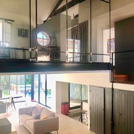 Maison - loft avec jardin, piscine, garage, Bordeaux-Bastide