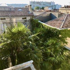 Bordeaux Chartrons Place Picard, appartement T2 avec cachet ancien, une chambre, 41 m2, prestations conservées