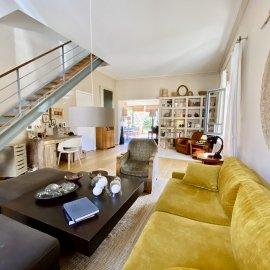 Bordeaux Barrière de Pessac - Échoppe en pierre de 166 m2, 4 chambres, cave, garage, jardin de 165 m2, dépendance